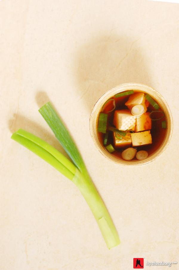 mon an thuc duong soup miso dau phu 3