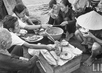 Bữa Ăn Ngày Thường Người Việt